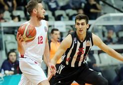 Beşiktaş Sompo Japan - Gaziantep Basketbol: 63-69