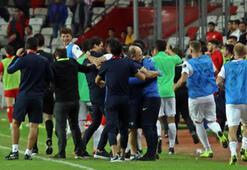 Akhisarspor, deplasmanda ilk kez kazandı