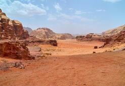 Ram Vadisi ve Marsa benzeyen yüzeyi