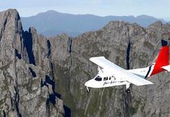 Çift motorlu uçak düştü, pilot öldü