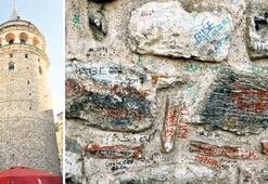 Galata Kulesi'nde tarihe saygısızlık