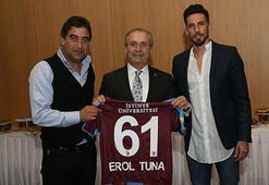 Trabzonsporlu yöneticiler, teknik heyet ve futbolcular yemekte buluştu