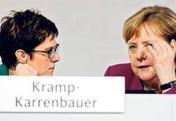 CDU'da birliği sağlayabilecek mi