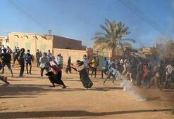 Sudanda gösteri ve yürüyüş yapmak yasaklandı