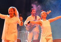 Mersinde Kardeş Türküler konseri