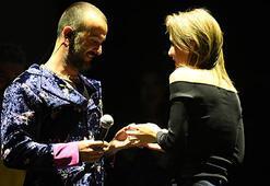 Mabel Matiz konserinde sürpriz evlilik teklifi
