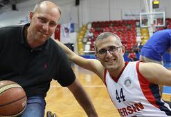 Harun Erdenay tekerlekli sandalyede hünerlerini gösterdi
