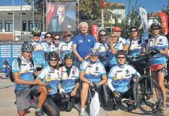 Bisikletçiler Çeşme'de buluştu
