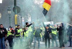 Belçikada sarı yeleklilerden yol kapatma eylemi