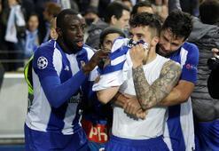 Alex Telles attı, Porto turladı