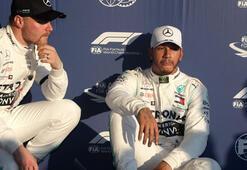İlk yarışta pole pozisyonu Hamiltonın