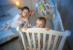 Bebekler neden kesintisiz uyumaz