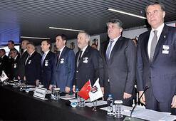 Beşiktaş yönetiminden yerli oyuncu atağı