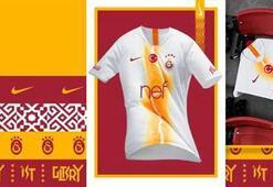 Galatasarayda sezonun 3. forması resmen açıklandı