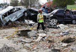 Deprem ve tsunamide can kaybı 1424e çıktı