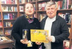 Prof. Dr. Sevinç '70 Hayat'ı imzaladı
