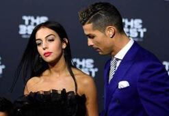 Ronaldo, sevgilisinin eski fotoğraflarını sildirmiş