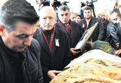 Kılıçdaroğlu, Erol'un anne acısına ortak oldu