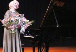 Almanyada Gülsin Onay konseri