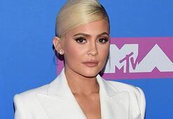 Kylie Jenner kimdir Dünyanın en genç milyarderi Kylie Jenner kaç yaşında