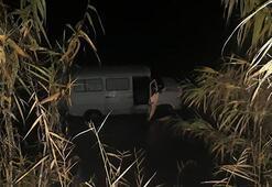 Araç çamura saplanınca ortaya çıktı Bakın ne çalmışlar