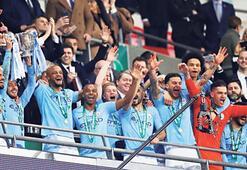 İngiltere Lig Kupası Manchester Citynin