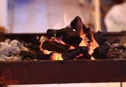 Banyoyu ısıtmak için mangal yakan çift zehirlendi