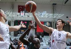 Beşiktaş SJ - Adatıp Sakarya BB: 77-65
