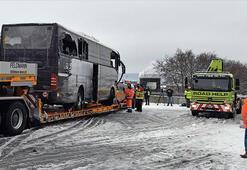 İsviçrede turistleri taşıyan otobüs kaza yaptı: 1 ölü, 44 yaralı