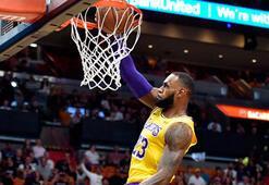 LeBron Jamesden eski takımı Miami Heate 51 sayı