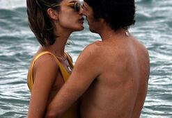 Alessandra Ambrosio aşk sarhoşu