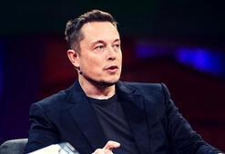 Elon Musk Marsa gidecek roketin fotoğrafını paylaştı