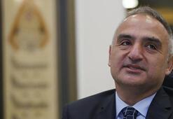 Son dakika... Bakan Ersoy yeni AKM binası için tarih verdi