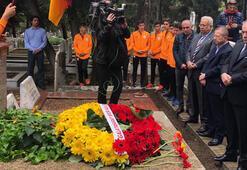 G.Saray, Ali Sami Yeni mezarı başında andı