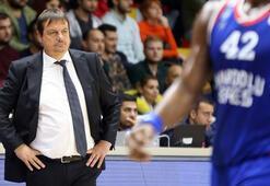 Ergin Ataman: As oyuncuları dinlendirme şansı bulduk