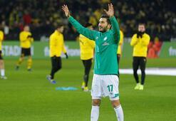 Nuri Şahin, Dortmundda çiçeklerle karşılandı