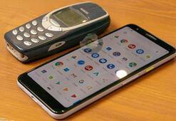 Google Pixel 3 Lite Nokia 3310 ile yan yana görüntülendi