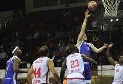 Gaziantep Basketbol - Arel Üniversitesi Büyükçekmece Basketbol: 76-60