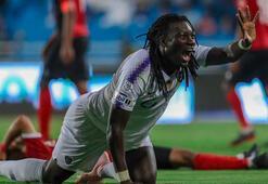 Bafetimbi Gomis, Al Hilalde ilk golünü attı