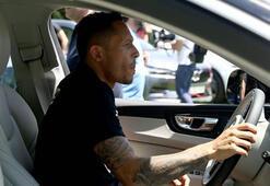 Beşiktaşlı Adriano için sürpriz transfer iddiası