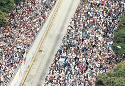 Venezuela'da bir şeyler oluyor