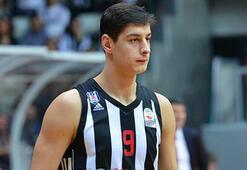 Beşiktaş Sompo Japanda Samet Geyik ameliyat edildi