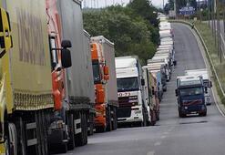 İhracat rekoru sınır kapılarındaki TIR trafiğine yansıdı