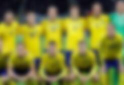 İsveçli futbolcudan kırmızı kartlık hareket