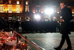 Macron saldırının olduğu Noel Pazarı'na gitti