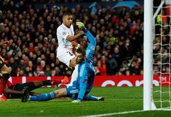 PSG, Manchester Unitedı deplasmanda yıktı