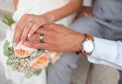 Sevgilinizin evlenme teklifi edeceğini nasıl anlarsınız