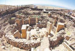 Bilinen en eski tapınak  Göbeklitepe konferansı