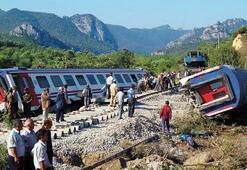 37 kişinin hayatını kaybettiği Pamukova tren kazasında karar