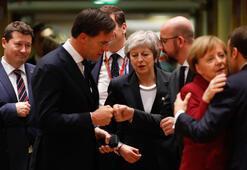 İngiltere basını: Brexit için AB liderleri Başbakan Maye kulaklarını tıkadı